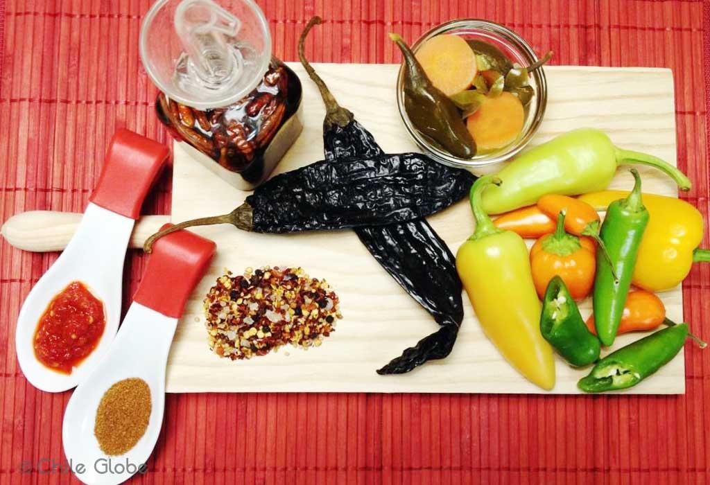 Chileglobe-chiles-escabeche