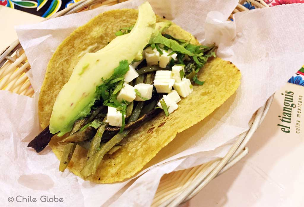 chileglobe-tacos-quesadillas-tianguis
