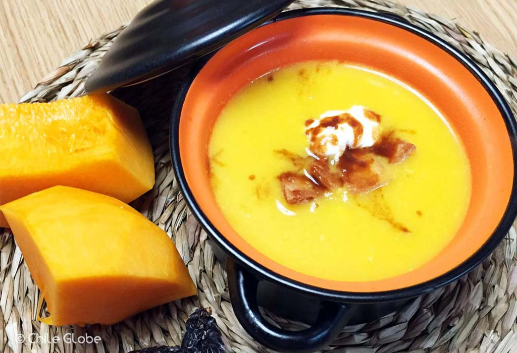 Sopa De Calabaza Con Chipotle